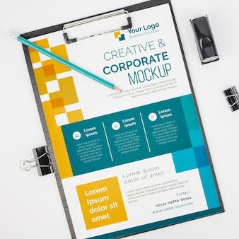 Vista superior maqueta de negocios corporativos y creativos