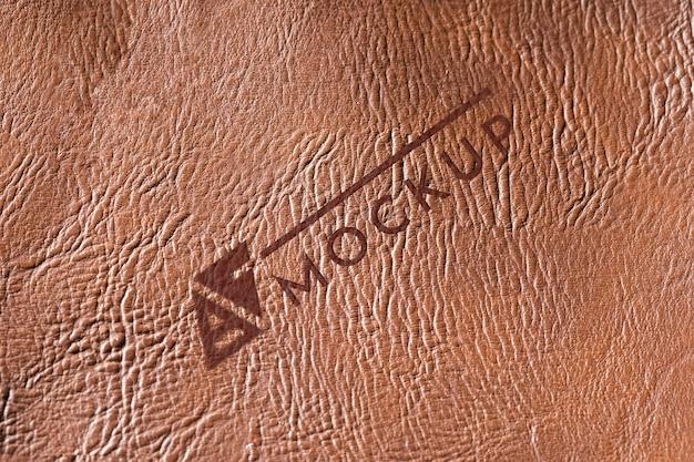 Vista superior de la maqueta de superficie de cuero marrón