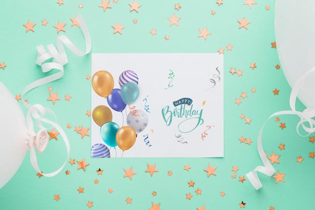 Vista superior maqueta de tarjeta de cumpleaños