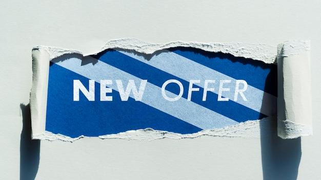 Vista superior nueva oferta maqueta en papel