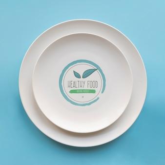 Vista superior de platos simples