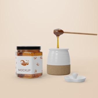 Vloeibare honing in potten