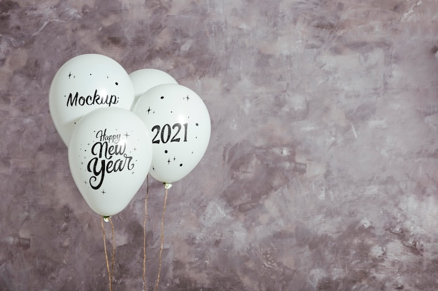 Vooraanzicht van mock-up ballonnen voor nieuwjaar