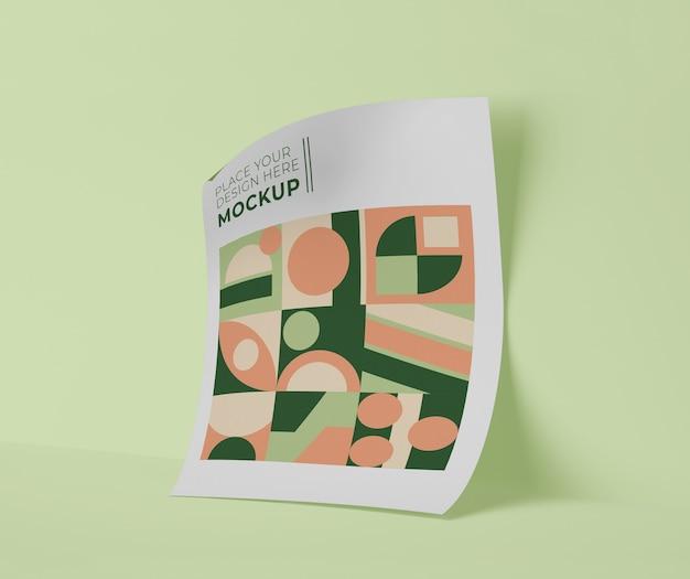 Vooraanzicht van vel papier met geometrische vormen