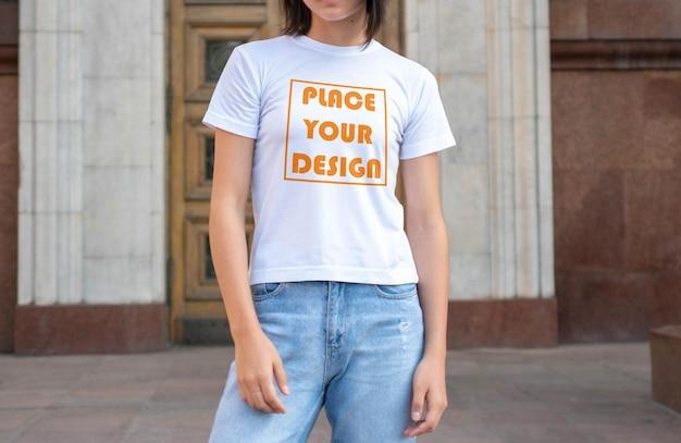 Vrouw t-shirt mockup