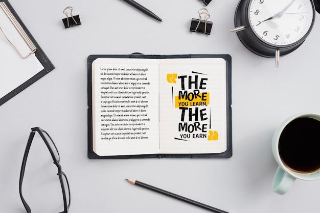 Werk office concept met specifieke hulpmiddelen