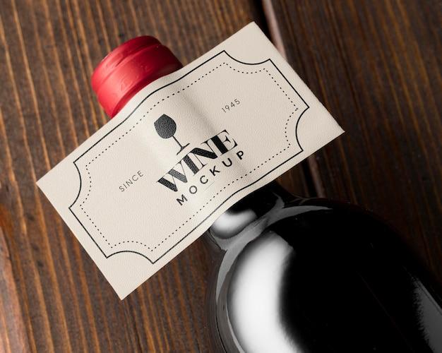Wijnflesetiket mock-up bovenaanzicht