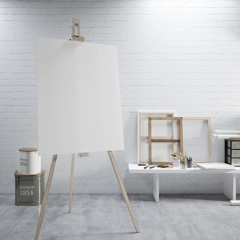 Wit canvas op een ezel in de kunstkamer