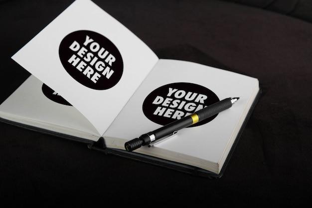 Wit schetsboekmodel