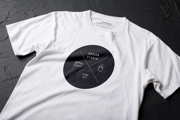 Wit t-shirt mockup sjabloon