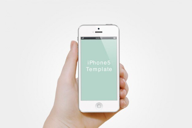 Witte iphone in een hand. iphone template.