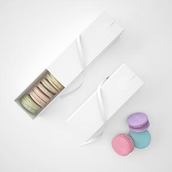 Witte pakketten met macarons