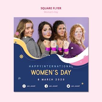 Women's day square flyer krachtige vrouwtjes
