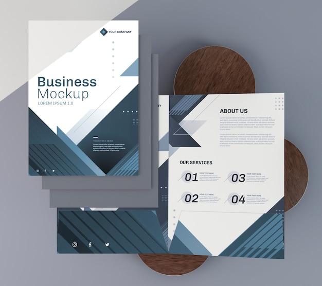 Zakelijke briefpapier mock-up flyer bovenaanzicht