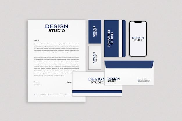 Zakelijke briefpapier mockup ontwerp