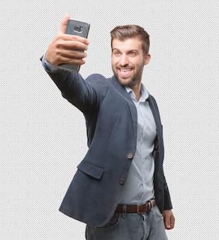 Zakenman die selfie nemen