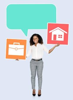 Zakenvrouw op zoek naar een balans tussen werk en privéleven