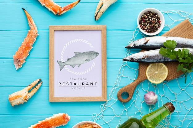 Zee voedselsamenstelling met frame mock-up
