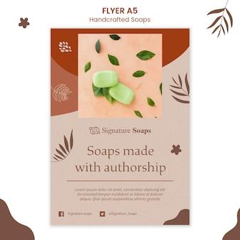 Zelfgemaakte zeep poster sjabloon
