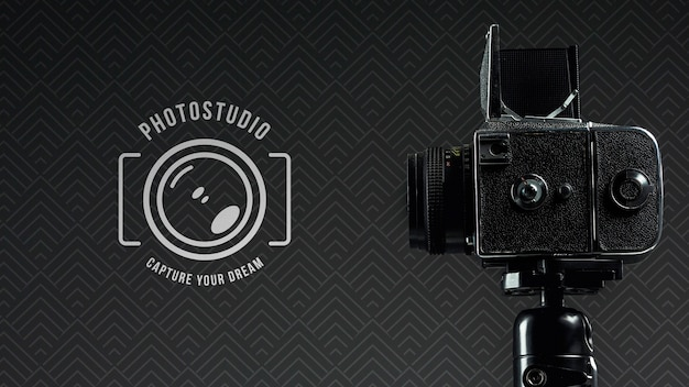 Zijaanzicht van digitale camera voor fotostudio