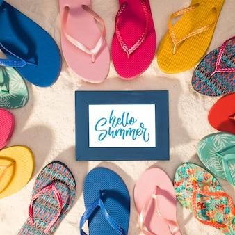 Zomer mockup met kleurrijke sandalen