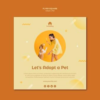 Adoptez un modèle de flyer carré pour chien
