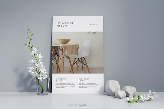 Affiche de flyer minimaliste propre avec maquette de fleurs