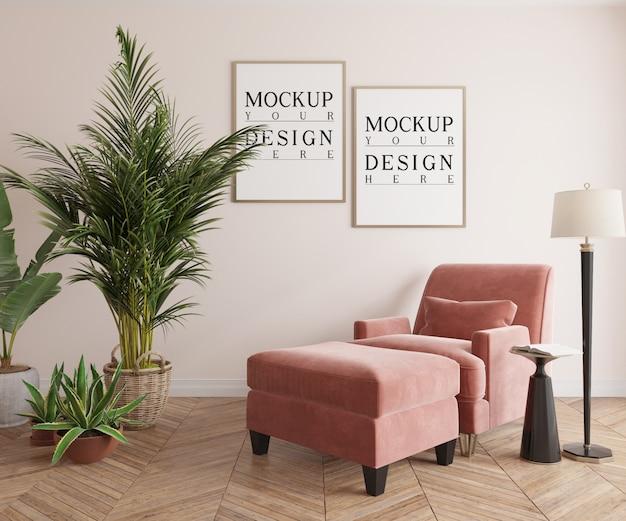 Affiche de maquette dans le salon classique avec fauteuil lounge