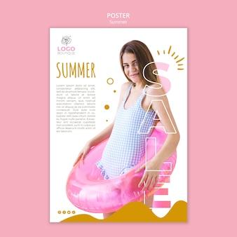 Affiche de vente d'été avec photo
