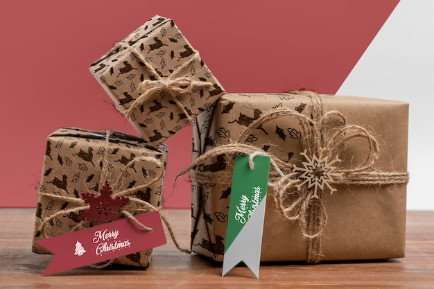 Arrangement de cadeaux de noël