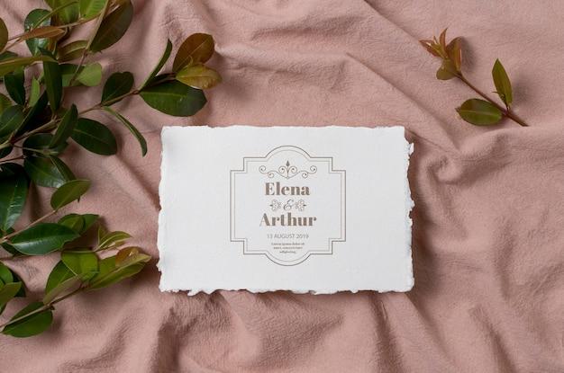 Arrangement de cartes de maquette de mariage