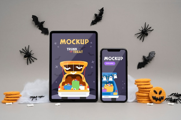 Arrangement d'halloween avec des dispositifs de maquette
