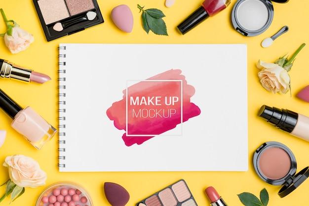 Arrangement de maquillage vue de dessus