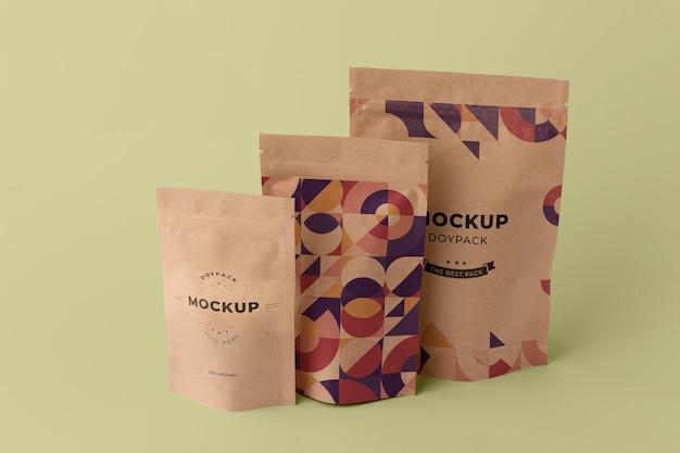 Arrangement minimaliste de maquette de doypack