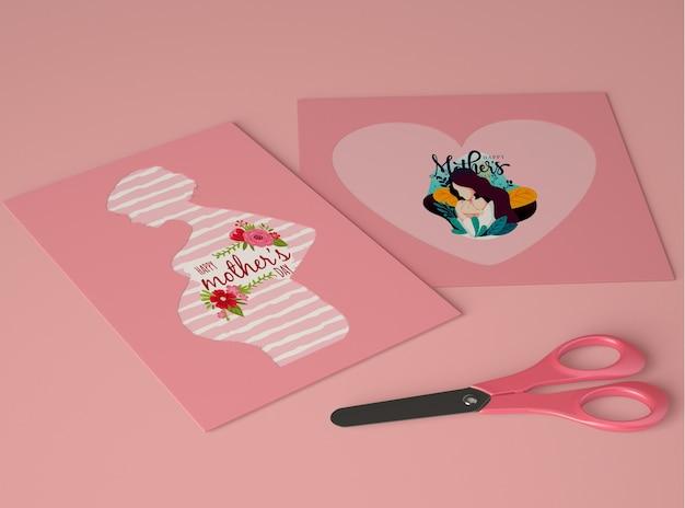Arrangement pour le créateur de scène de la fête des mères avec carte