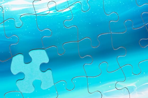 Arrangement de vue de dessus avec puzzle manquant d'une pièce