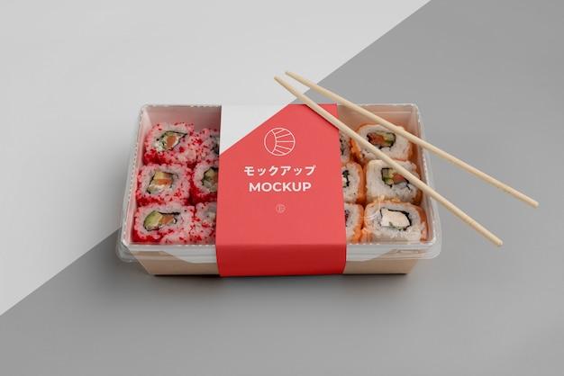 Assortiment de fast-food japonais avec emballage de maquette