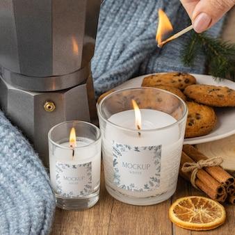 Assortiment d'hygiène d'hiver avec maquette de bougies