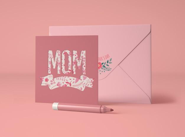 Assortiment mignon pour la fête des mères avec carte