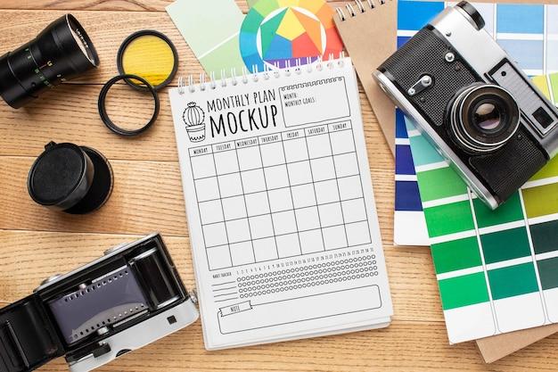 Atelier Photographe Avec Maquette De Cahier Psd gratuit