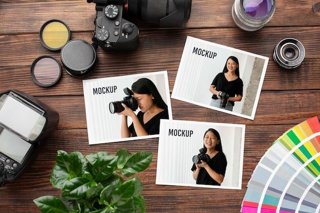 Atelier photographe avec maquette de photos