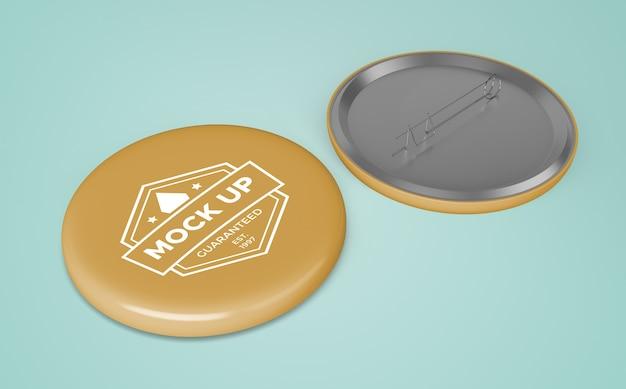 Badge jaune avec logo de l'entreprise