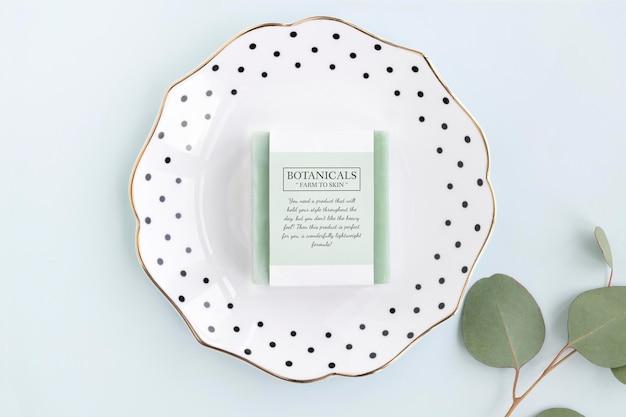Barre de savon bio avec conception de maquette d'étiquette