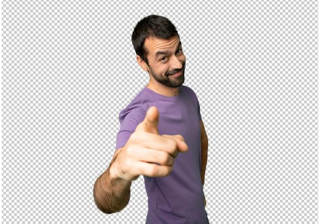 Bel homme pointe le doigt vers vous avec une expression confiante