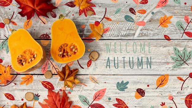 Bienvenue en automne avec des moitiés de citrouilles à la courge