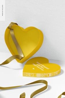 Boîte-cadeau en forme de cœur avec maquette de ruban en papier, ouverte