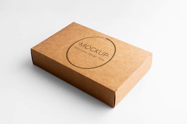 Boîte en carton isolé