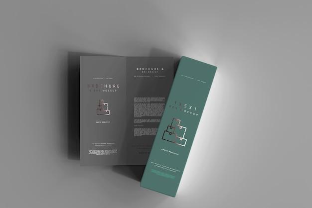 Boîte avec maquette de brochure en deux