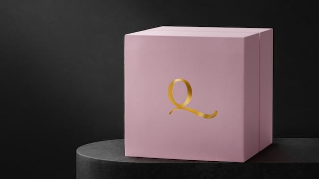 Boîte de montre à bijoux rose avec maquette de logo luxueux