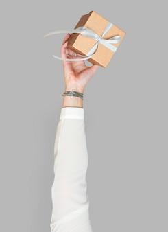 Boîte de tenue de main
